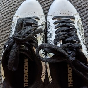 Shoes - Women skull shoes